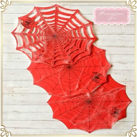 """Подложки """"Спайдърмен"""" с изкуствена паяжина"""